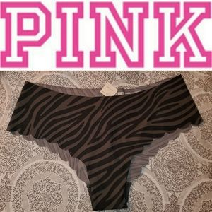 NWT PINK No Show Scallop Cheekster